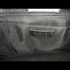 CHANEL Bags - Large Shopping 30cm Chanel bag in black!